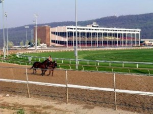 Horse Betting – Racebook Tracks
